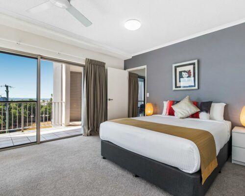 unit-201-2-bedroom-water-view-level-2 (6)