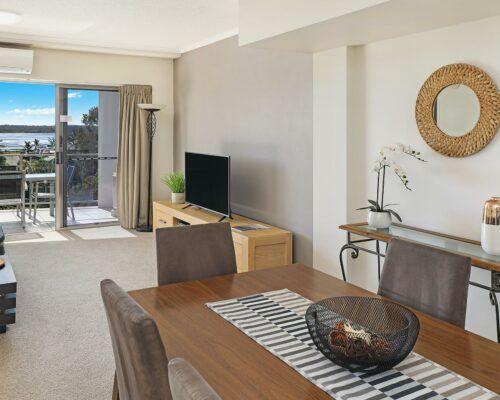 unit-201-rovera-cotton-tree-holiday-apartments (5)