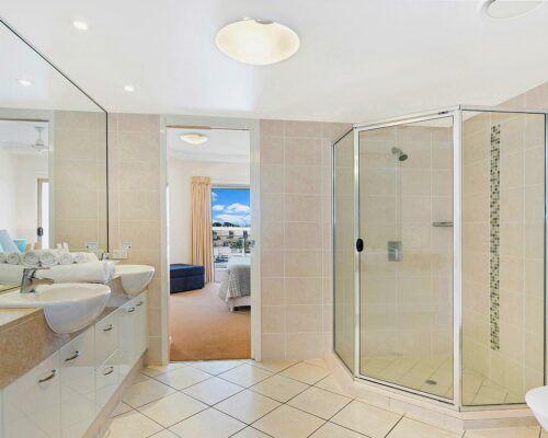 unit-203-1-bedroom-level-2-suite (5)