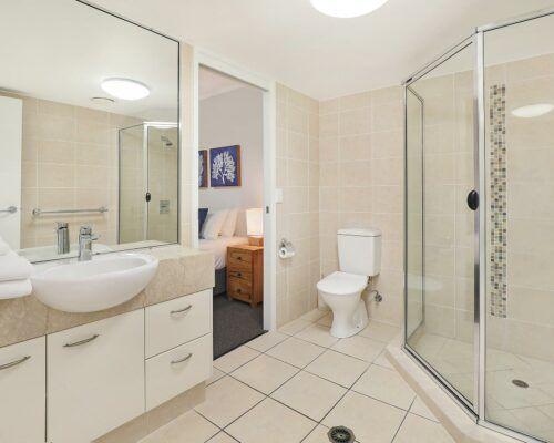 unit-205-rovera-cotton-tree-holiday-apartments (3)