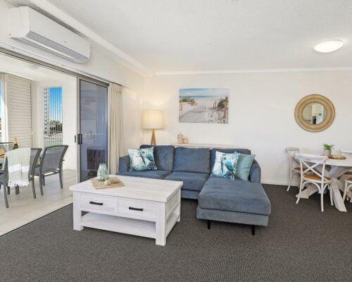 unit-205-rovera-cotton-tree-holiday-apartments (7)