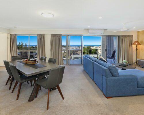 unit-403-rovera-cotton-tree-holiday-apartments (2)