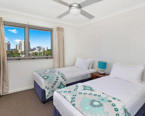 unit-405-rovera-cotton-tree-holiday-apartments (2)